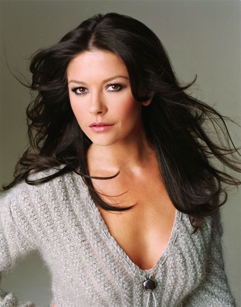 Catherine Zeta Jones - Wallpaper Hot