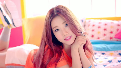 CLC Seungyeon from Like MV