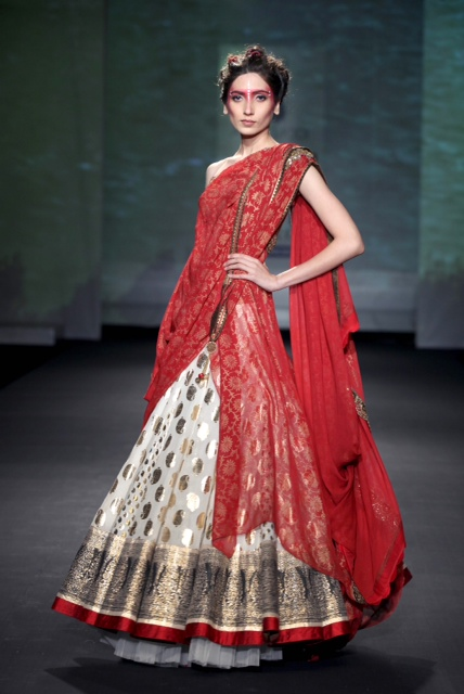 Delhi Couture Week 2012 Anju Modi Collection