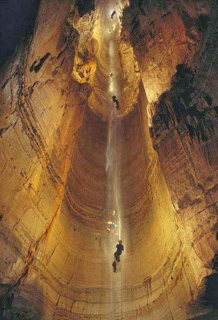 Krubera é a caverna conhecida mais profunda no mundo