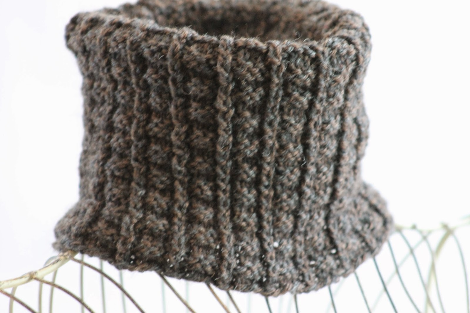 Balls to the Walls Knits: Sailors Rib Cowl