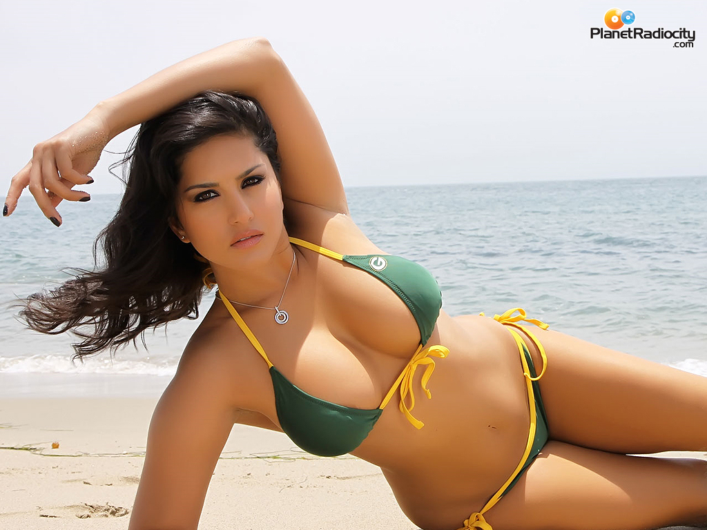 Sunny Leone Hot & Spicy Free HD Wallpapers - Enjoy Nudity