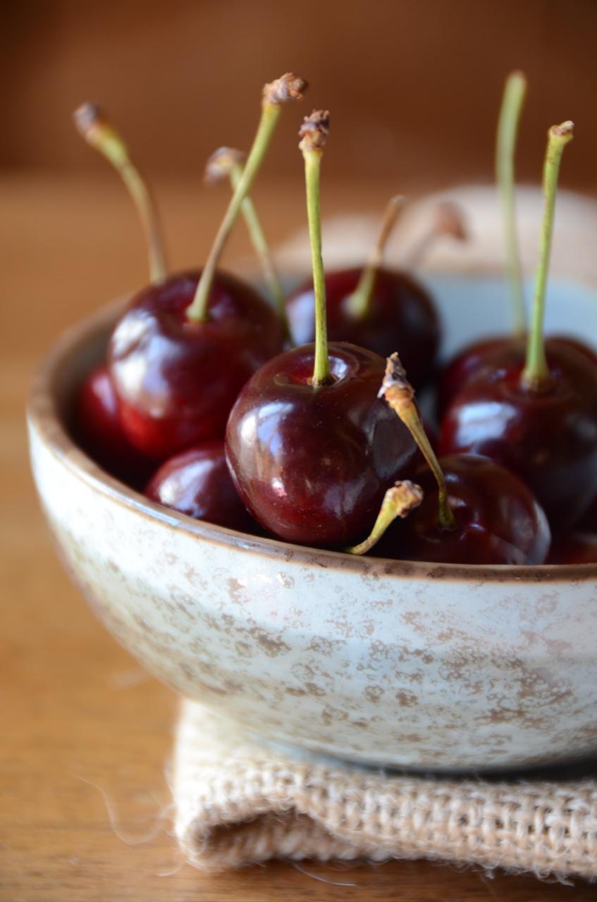 Tiramisu': Cherry Almond Cake