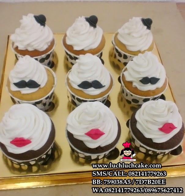 Cupcake Mustache and Lips Daerah Surabaya - Sidoarjo