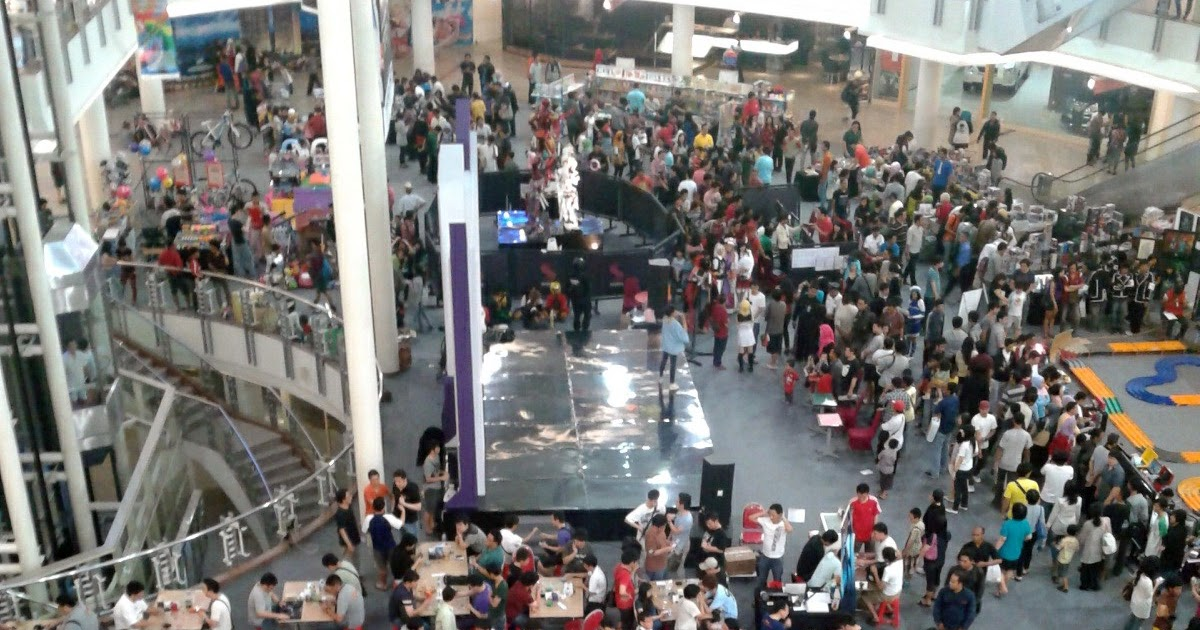 JoeL ~ J2: Supermal PTC Surabaya - Toys & Hobbies Fair 2012