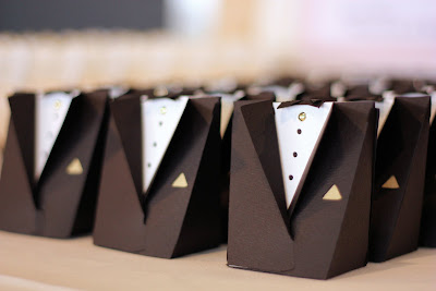 Groom Boxes