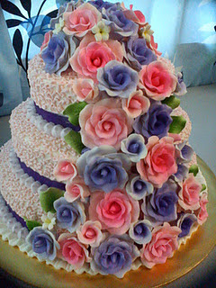 3 STACKED WEDDING CAKE