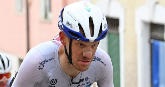 Dombrowski vince la quarta tappa del Giro, De Marchi in rosa