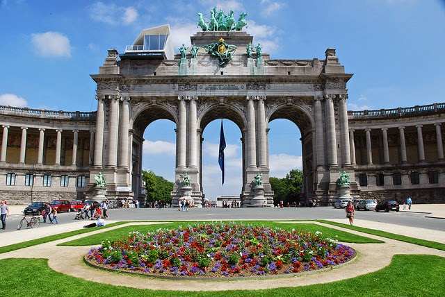 Top attractions in Brussels - Travelling The Universe Parc Du Cinquantenaire
