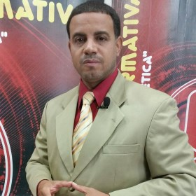 Lic. Yunior Fernandez Marcano. Director