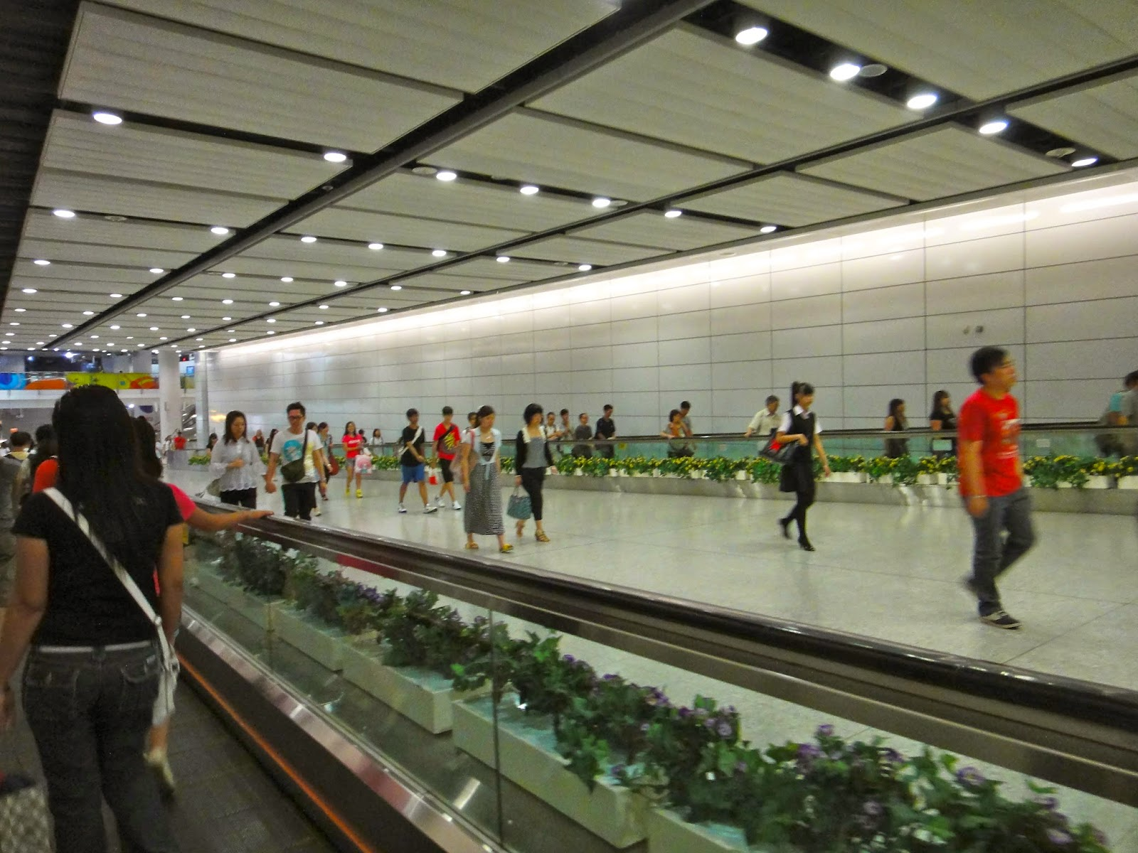 HK Airport Express Line Transfer Pathway from Central MTR
