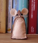 Clicca sulla foto per scoprire come avere un topolino di stoffa tutto tuo!