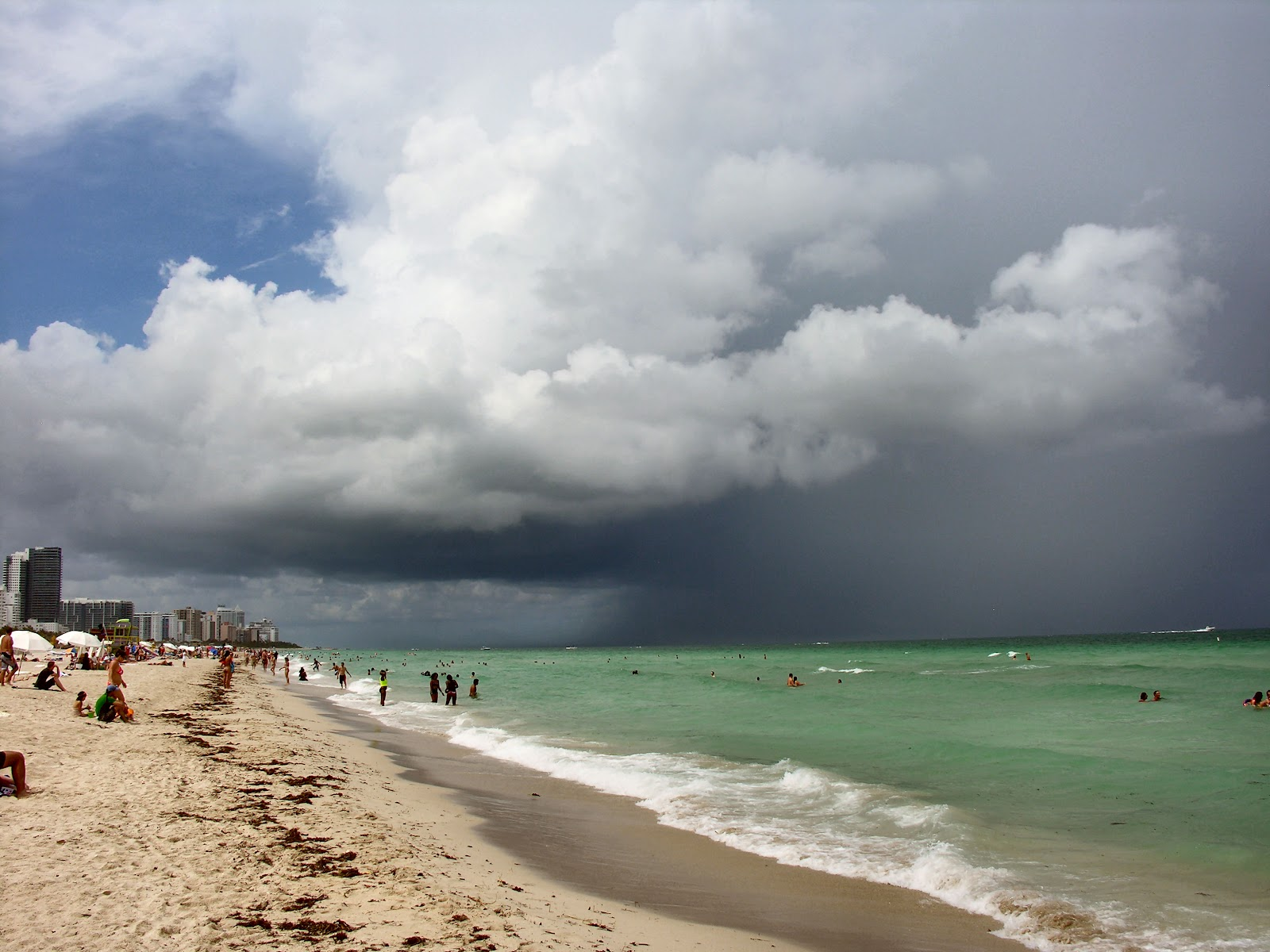 Worst thunderstorm in Miami ever - YouTube