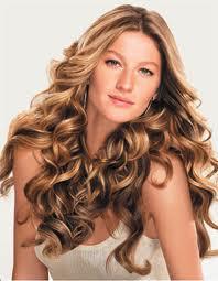 gisele bündchen - penteados para cabelos cacheados