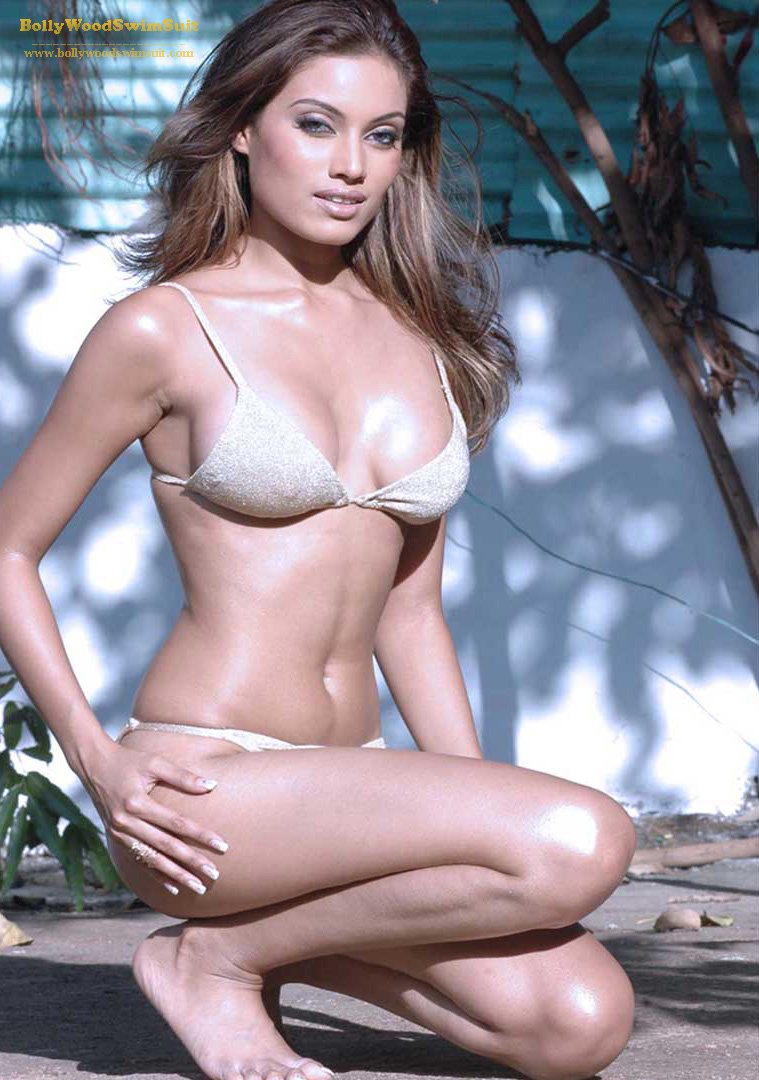Hot Indian Models In Bikini Suits