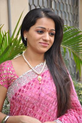 reshma new saree hot photoshoot