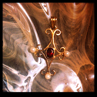 Jewellery Pendent Gold Garnet Pearl Edwardian