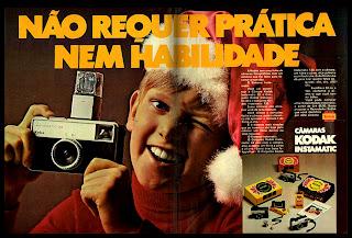 propaganda câmera Kodak Instamatic  33 - 1971; 1971; os anos 70; propaganda na década de 70; Brazil in the 70s, história anos 70; Oswaldo Hernandez;