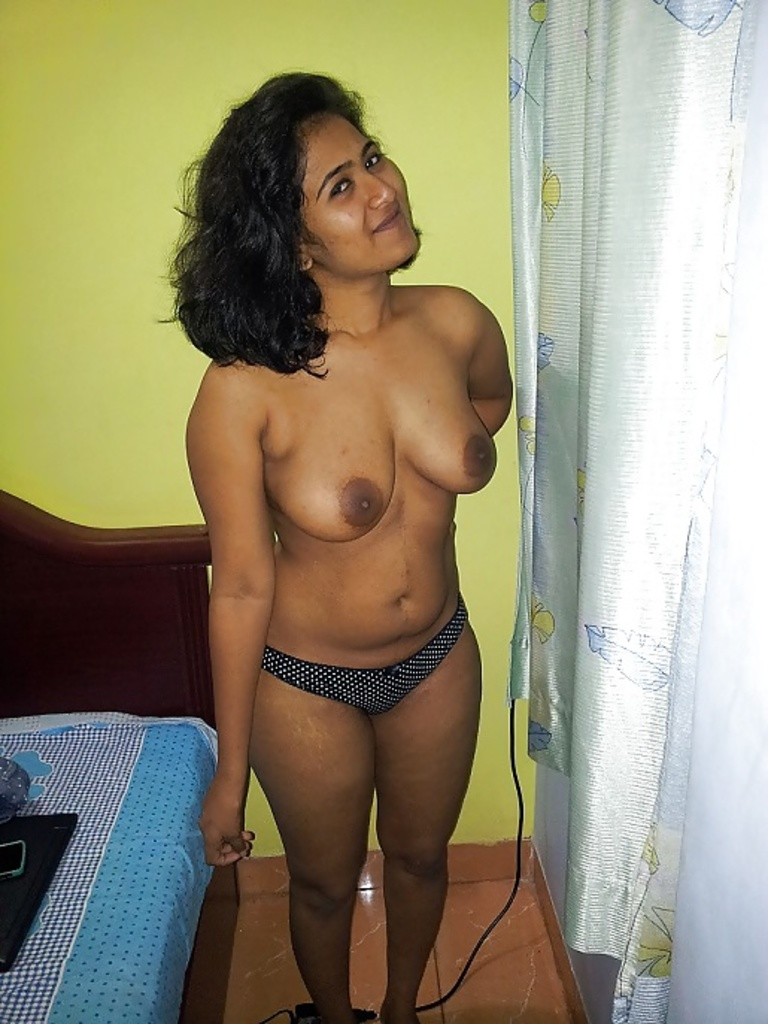 Naked girls free porn videos