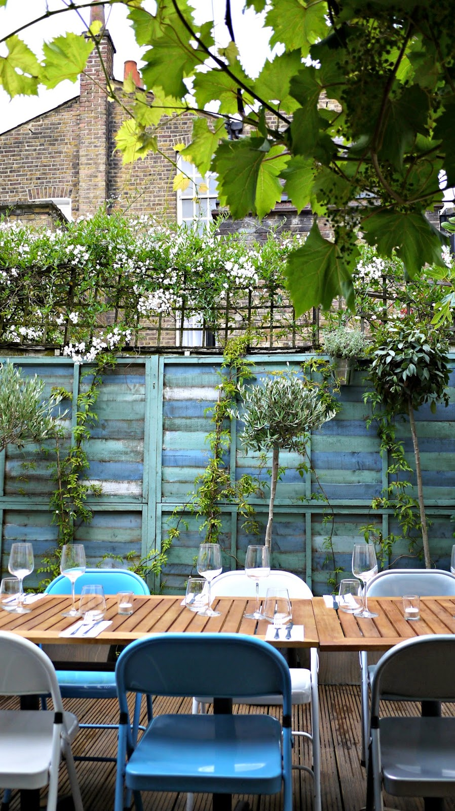 Mazi Notting hill garden