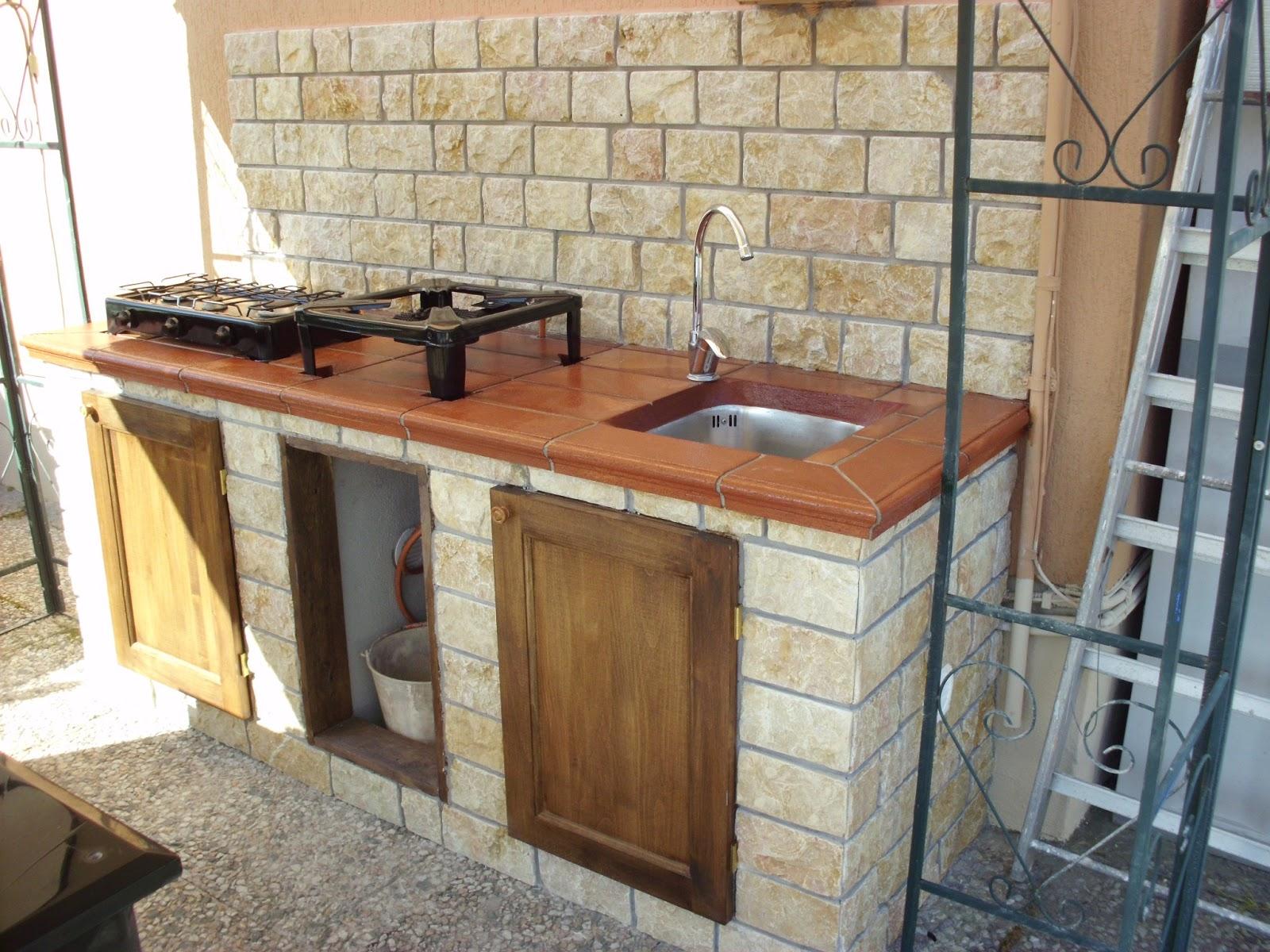 Edilizia roma ristrutturazioni edilizia ro ma s n c - Cucina in muratura da esterno ...