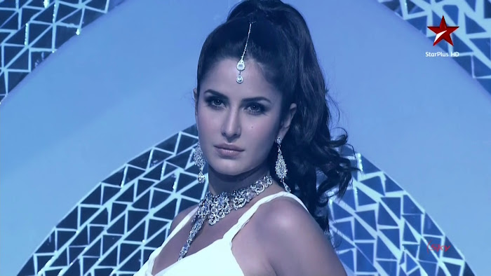 katrina kaif hd - telly awards 2011 hot images