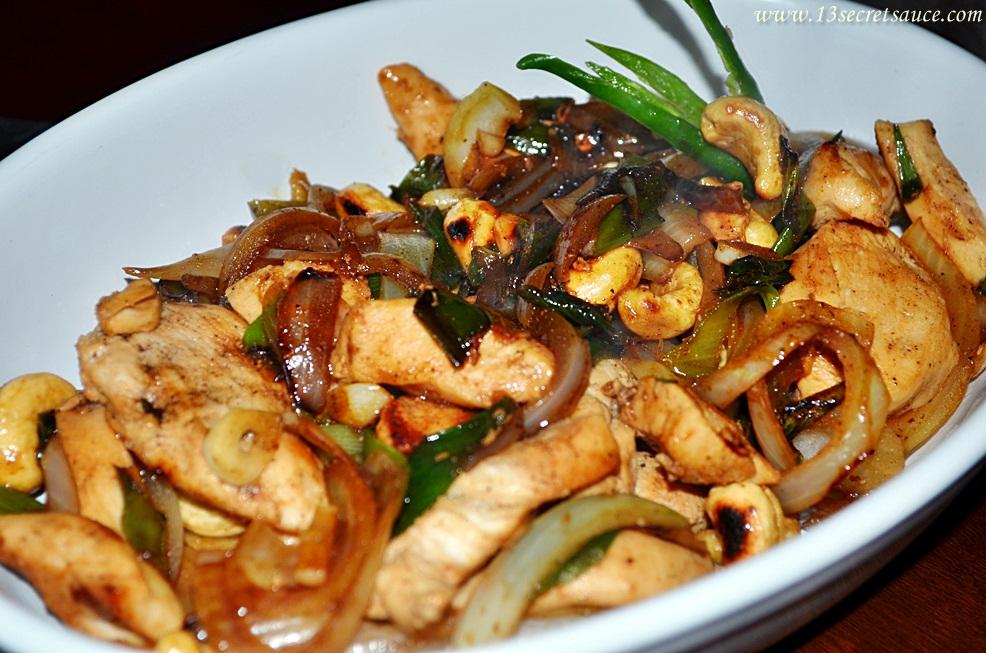 13 Secret Sauce: Stir-Fry Chicken With Cashew Nuts