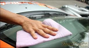 Tips Supaya Kaca Mobil Tidak Buram