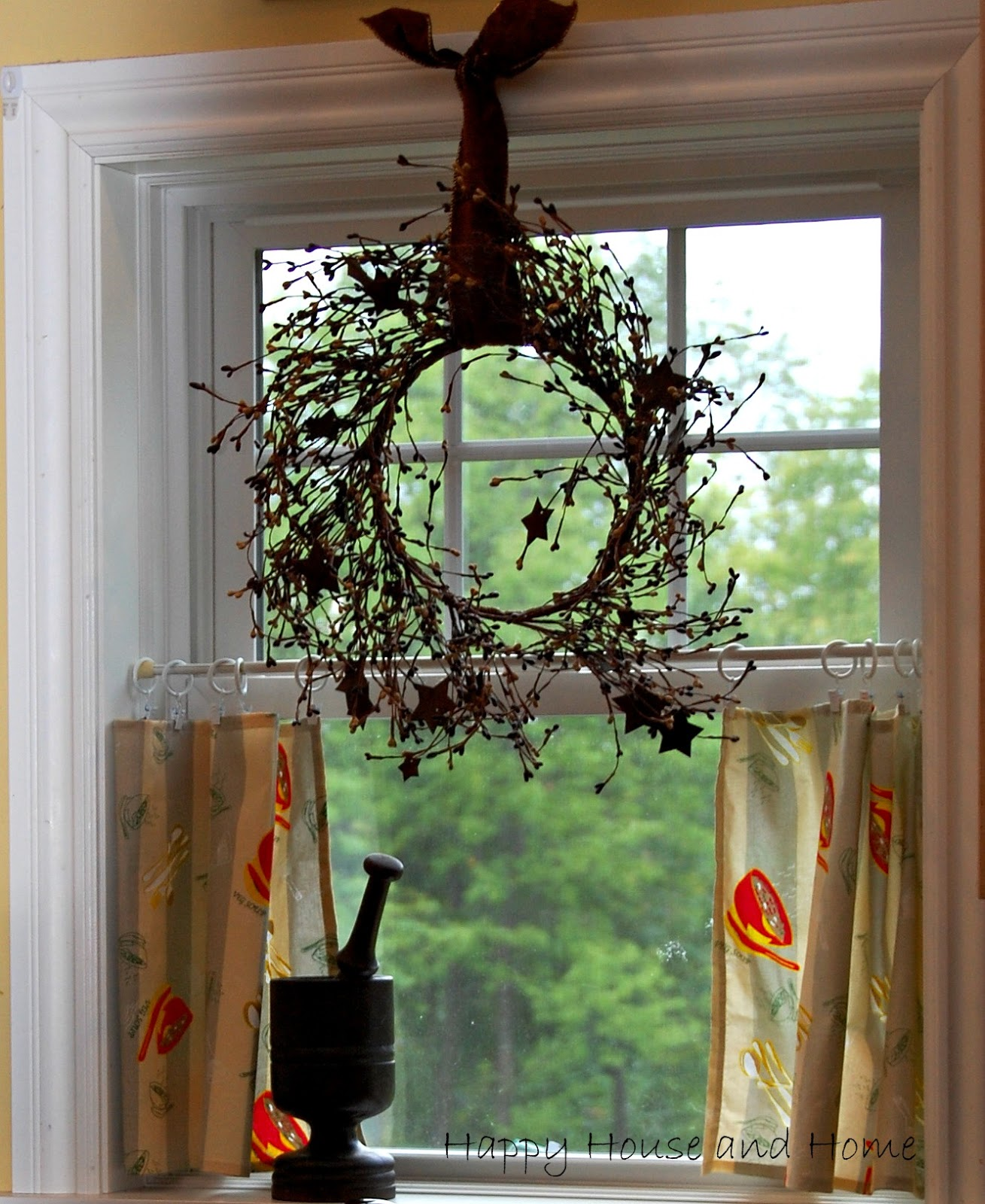 Happy House And Home: No Sew Curtains