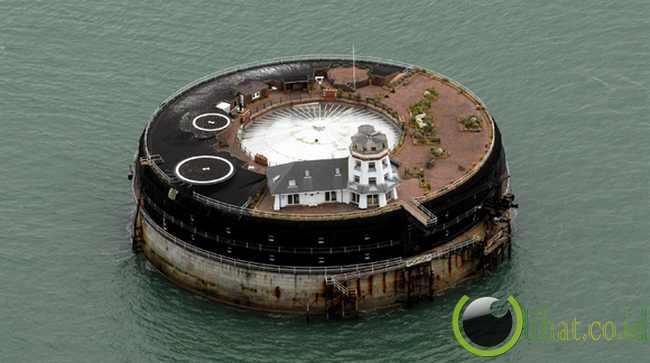 No Man's Land Fort - Inggris