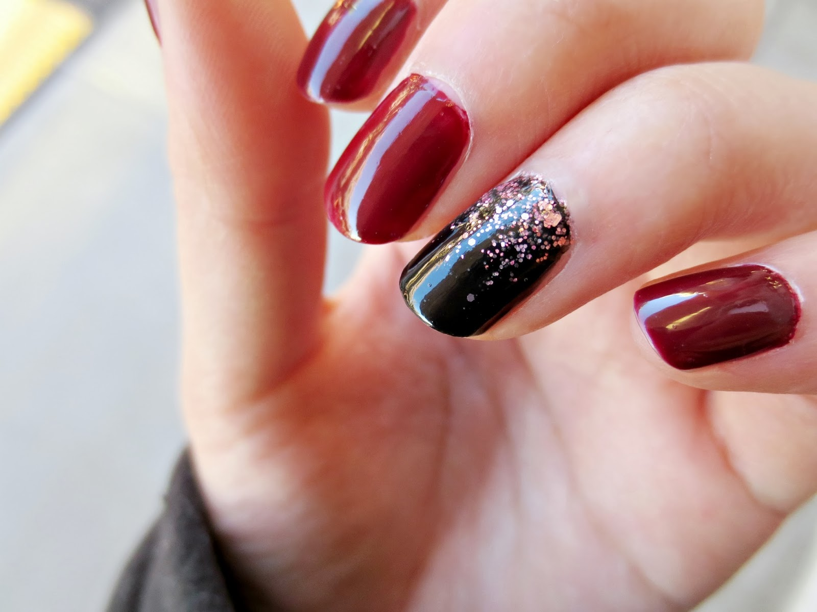 The Lady n\' The Tramp: NOTD: Burgundy Nails with a Glitter Gradient ...