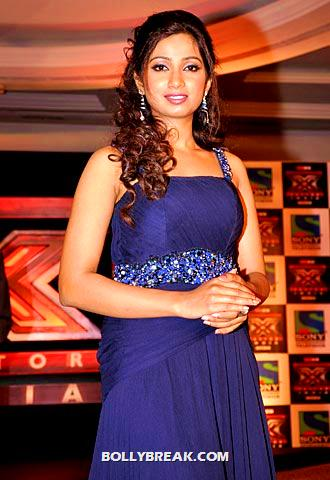 shreya ghoshal at x factor india  - (6) - shreya ghoshal Hot Pics