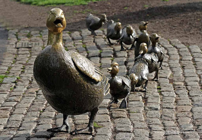 http://juergen-roth.artistwebsites.com/featured/make-way-for-ducklings-juergen-roth.html