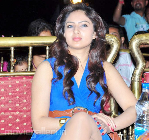 Hot Blue Nikesha Patel Latest Sexy Stills