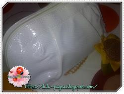 white pouch GA  oleh 'Lulu Caldina' DAN 'Lenloy-Closet'