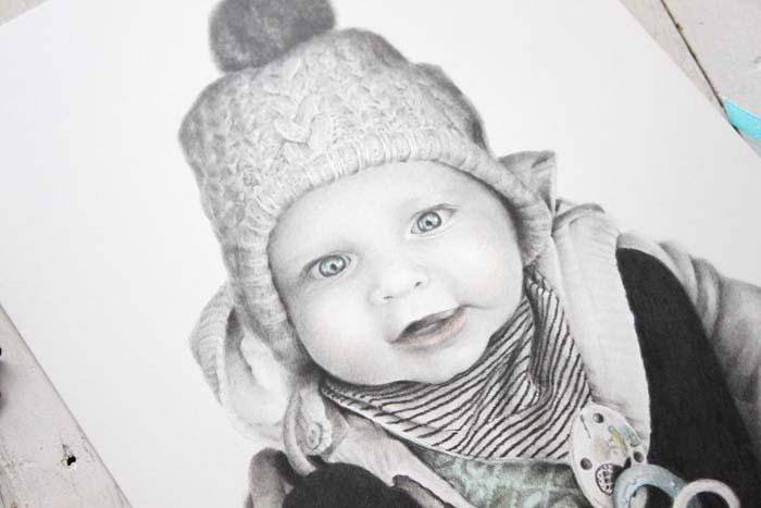 Almuruiz Retrato de un beb de ojos azules