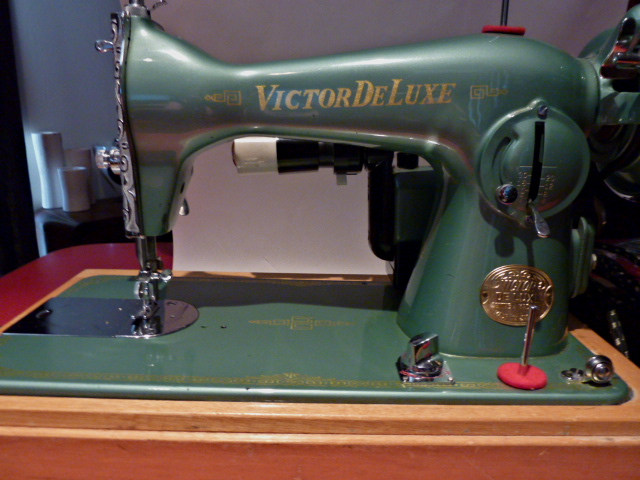 victor sewing machine