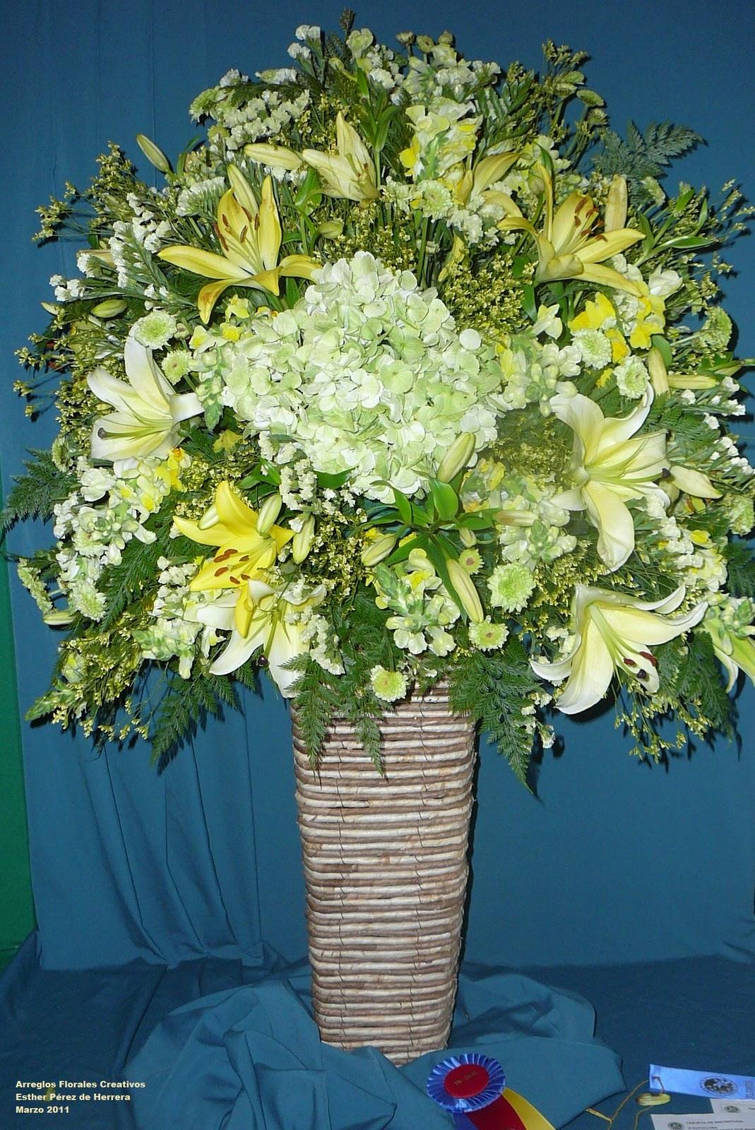 Arreglos florales creativos arreglos tradicionales - Arreglos florales creativos ...
