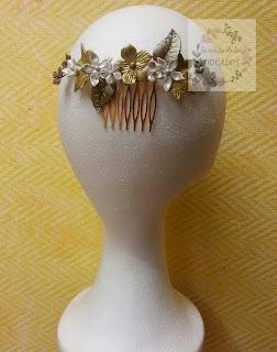 peineta de porcelana realizada por encargo para boda, totalmente artesanal