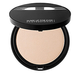 makeup forever highlighter makes skin glow and dewy
