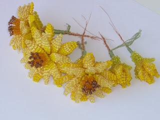 цветы из бисера мастер класс