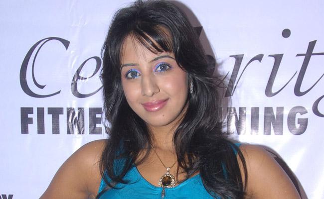 Kannada Mallu Actress Sanjana Latest Spicy PicturePhotos hot photos
