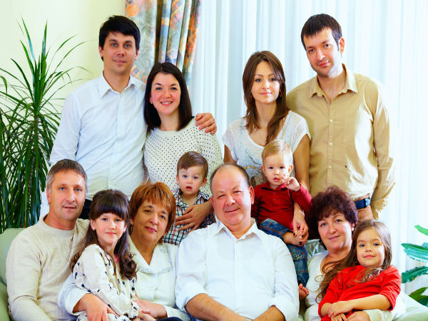 "nuclear family advantages essay Essay on nuclear family – the individual nuclear family is a universal social  phenomenon it can be defined as ""a small group composed of husband and wife ."