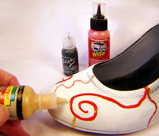 technique, upcycle shoes, decorate shoes, alter a shoe