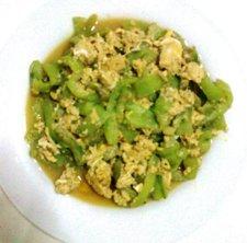 rainbowdiary: Recipe - Luffa (Ridge Gourd) Stir Fry With Egg