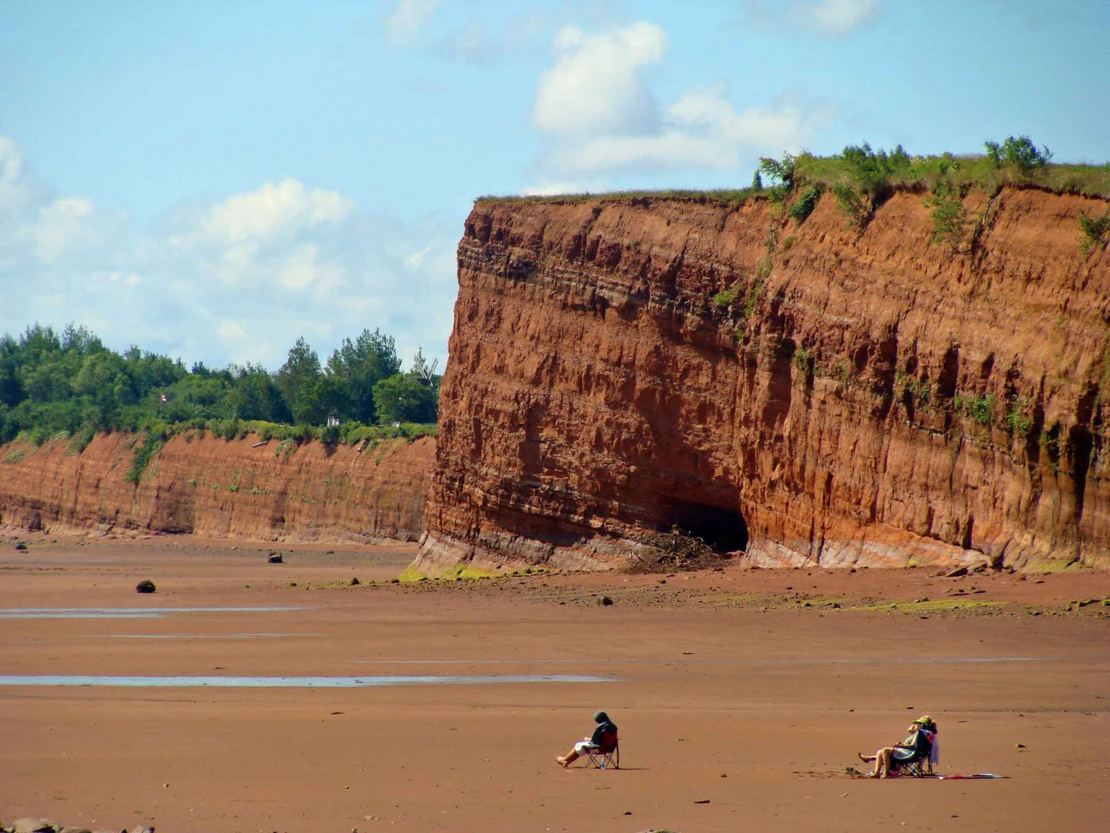 Bay of fundy best destinations abroad for Minimalist house bay of fundy