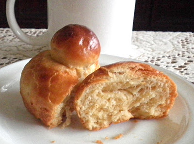 Eggless Brioche  Recipe @ http://treatntrick.blogspot.com