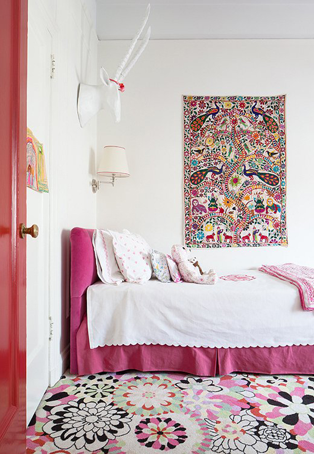 Lilly And Her Husband Chris Have 2 Young Daughters Grace Daisy Their Rooms Are Playful Havens Filled With Youthful Textiles Double As The Girls