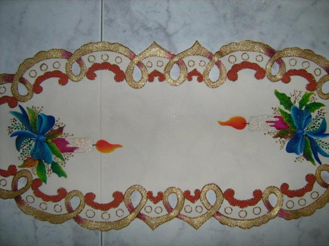 Amararte manualidades pintura en tela carpetas cuadros for Manteles de tela