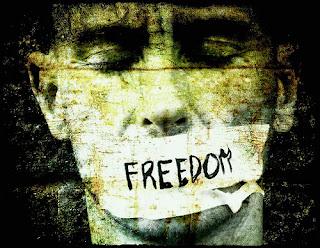 http://3.bp.blogspot.com/-tenVgSU8D5E/UppMbIDS1tI/AAAAAAAAvmg/BwSgGPq_SbA/s320/freedom-of-speech1.jpg